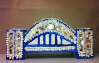 Esme Timbery and Marilyn Russel - Sydney Harbour Bridge, 2013 - Shells, velvet, fabric, glitter and craft - Approx. 54 x 25 x 12 cm