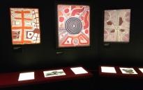 Oeuvres de Papunya de Timmy Payungka Tjapangati et Shorty Lungkarda Tjungurrayi - Photo Courtesy Bertrand Estrangin