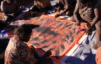 Warakurna-Women Collaborative Painting-2010-15