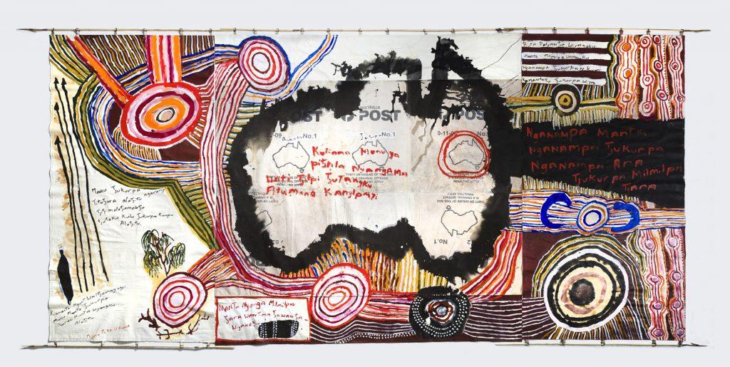 Kunmanara (Mumu Mike) Williams - 'Kamantaku Tjukurpa wiya (The Government doesn't have Tjukurpa)' 2018 - The National 2019 at the MCA Australia - Image courtesy the artist and Mimili Maku Arts © the artist - Photograph Jessica Maurer